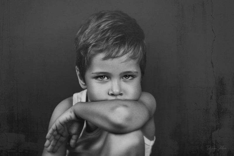 Portrait Photographer in Houston; Houston Child Photographer; Houston Family Photographer; Black and White Child Portrait